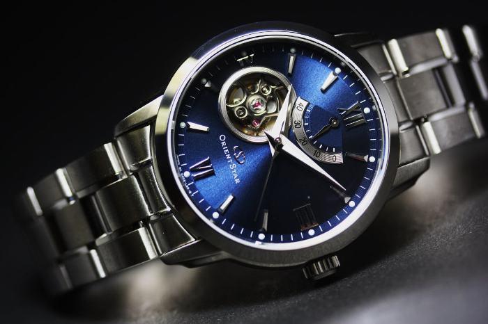 4a27bed98e3a Его владелец мечтал затмить славу швейцарских часовщиков. В 1934-м он  создал часовую мастерскую. Наручные часы Orient намеренно делались похожими  на ...