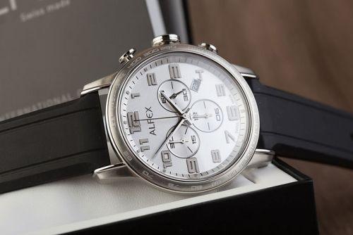 Жіночі і чоловічі годинники Алфекс прекрасно поєднуються з самими різними  аксесуарами. У цьому полягає їх перевага перед багатьма марками. 437011e271d24